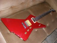 80's Ibanez destroyer, restoration and refinish candy apple red nitrocellulose © 2017 Guitar Angel