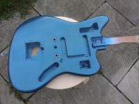 lake placid blue metallic nitrocellulose © 2020 Guitar Angel