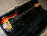 1979 Fender Precision bass fretless setup service © 2020 Guitar Angel