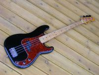 Fender precision bass 1978 body recontoured to slim 60's black nitro © 2018 Guitar Angel
