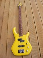 Palm bay bass, body chip repair © 2020 Guitar Angel