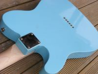 daphne blue nitrocellulose © 2020 Guitar Angel
