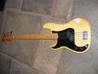 1979 Fender Precision bass lefthanded, new lower fretboard section © 2020 Guitar Angel