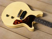 TV yellow nitrocellulose © 2017 Guitar Angel
