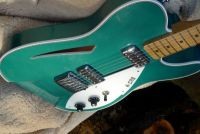 Porsche montana green metallic nitrocellulose © 2020 Guitar Angel