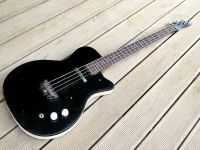 '60's Silvertone bass refurb © 2020 Guitar Angel